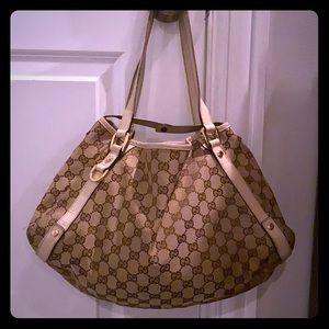 GUCCI GG Fabric & Leather Pelham Shoulder Bag